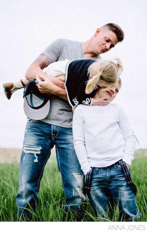 THE VAN SYOCS by Anna Jones Wedding + Lifestyle Photography