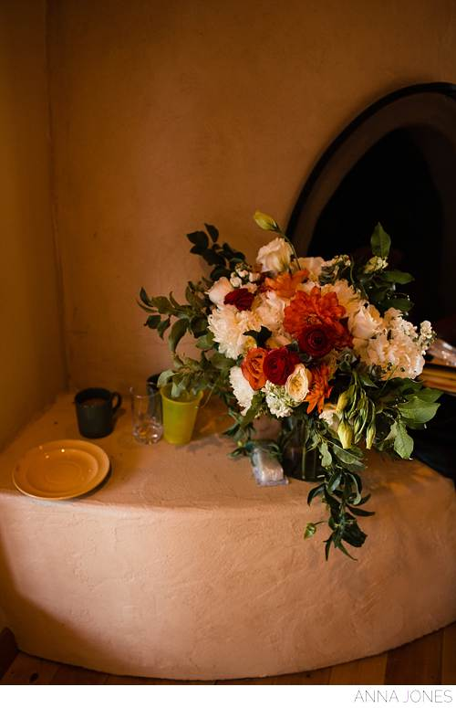 amanda Cassel and Darius submits get married in a big beautiful Montana wedding floral by habitat floral design