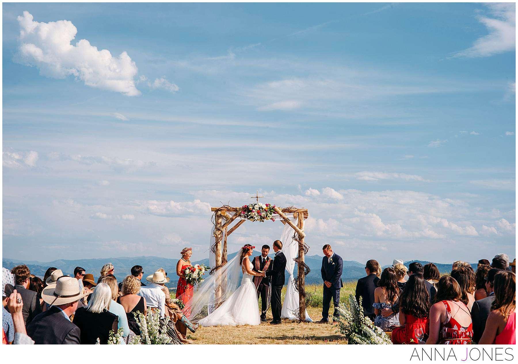 Amanda Cassel + Darius Subatis by Anna Jones Wedding Photography