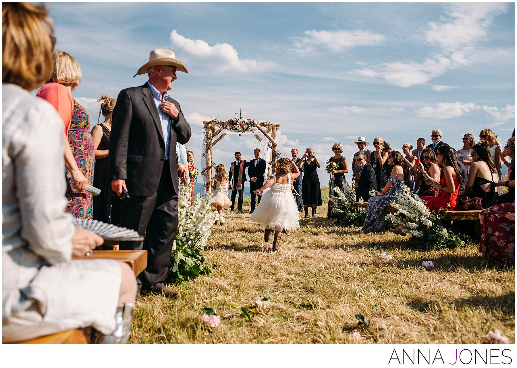 amanda Cassel and Darius submits get married in a big beautiful Montana wedding