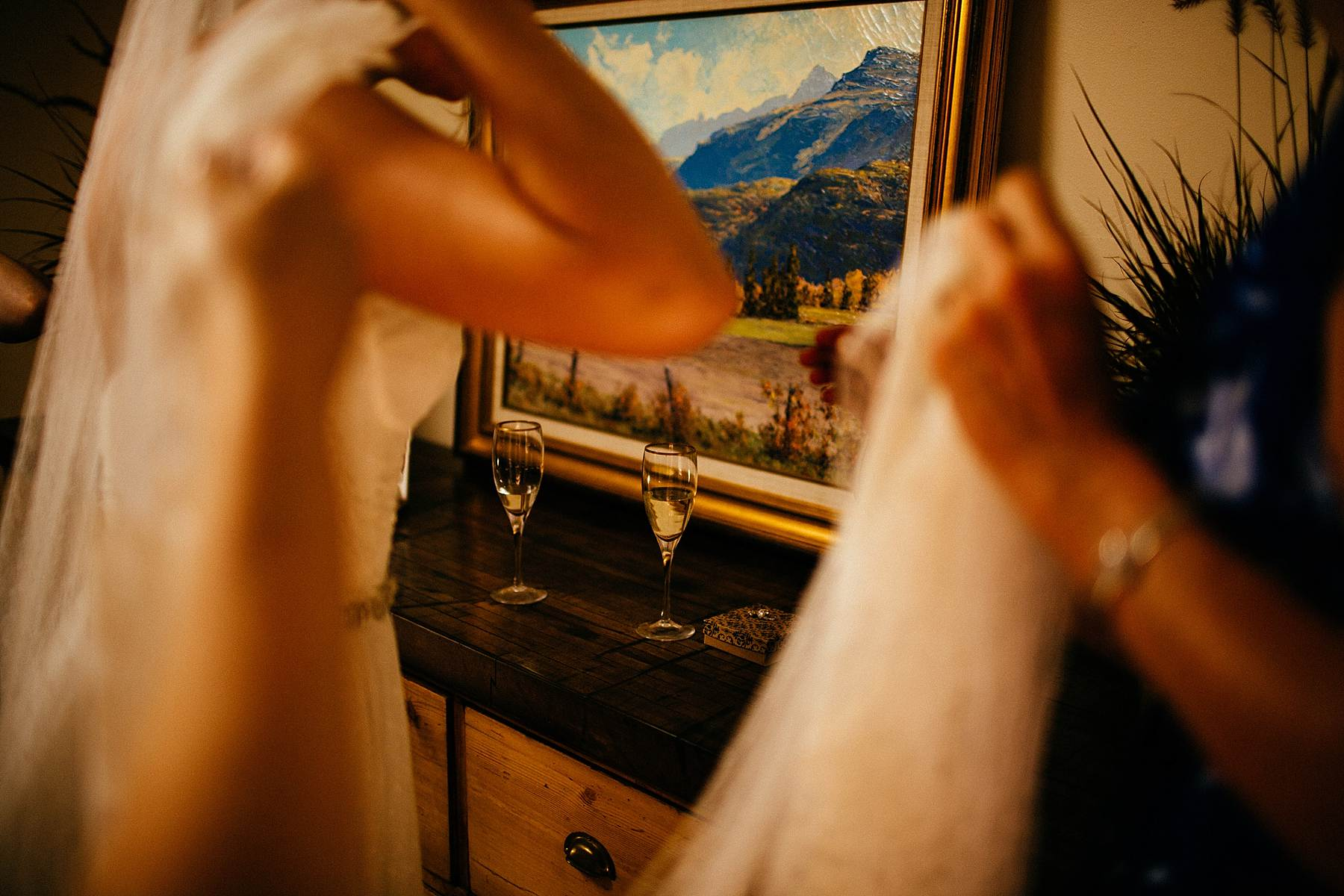 By Anna Jones. Wedding, Lifestyle, and Travel Photographer.