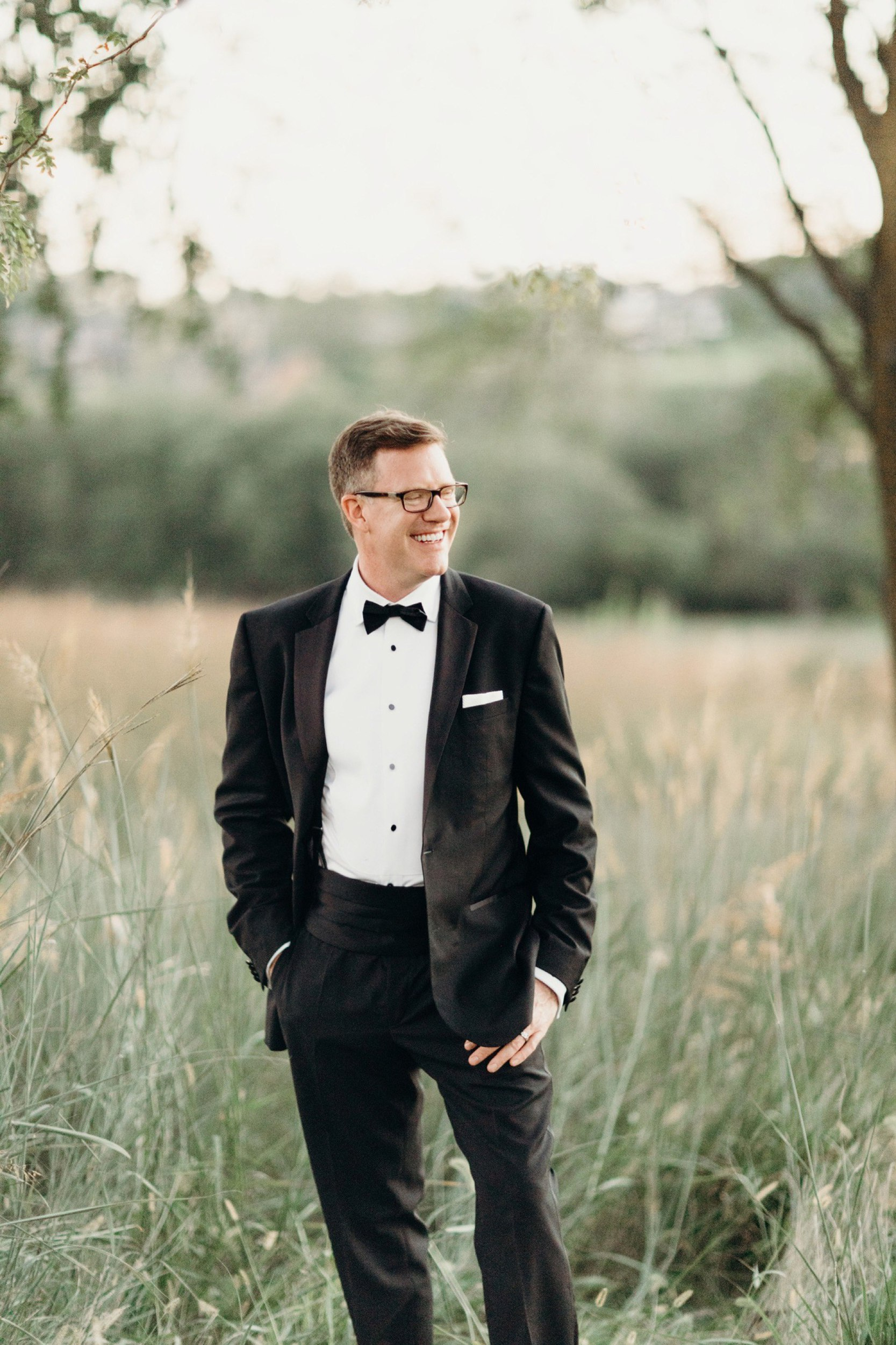 modern groom glen oaks wedding