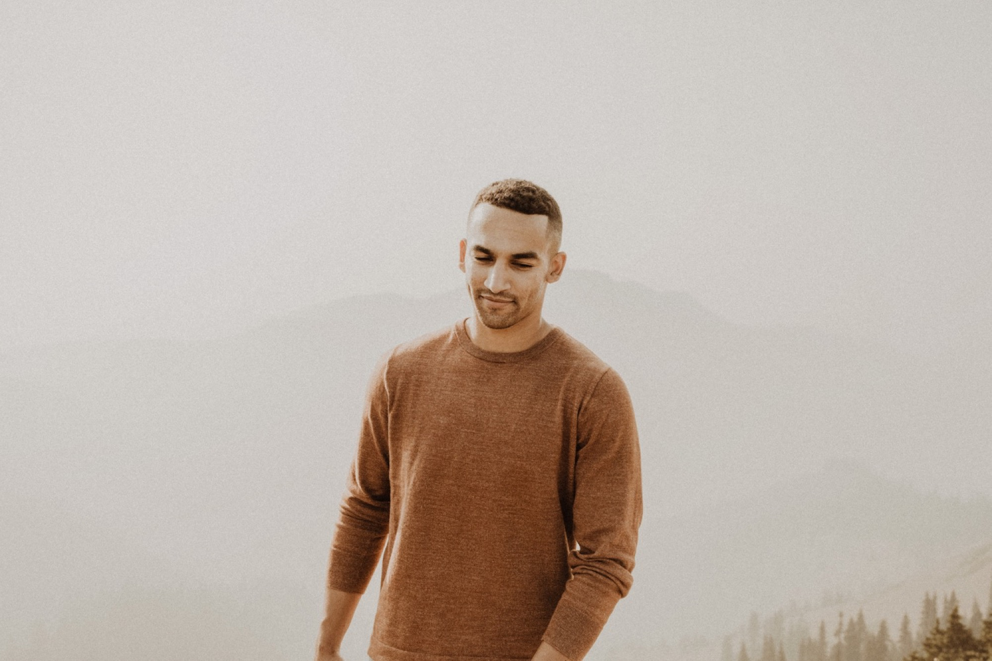 portrait of a groom at hurricane ridge in olympic national park engagement