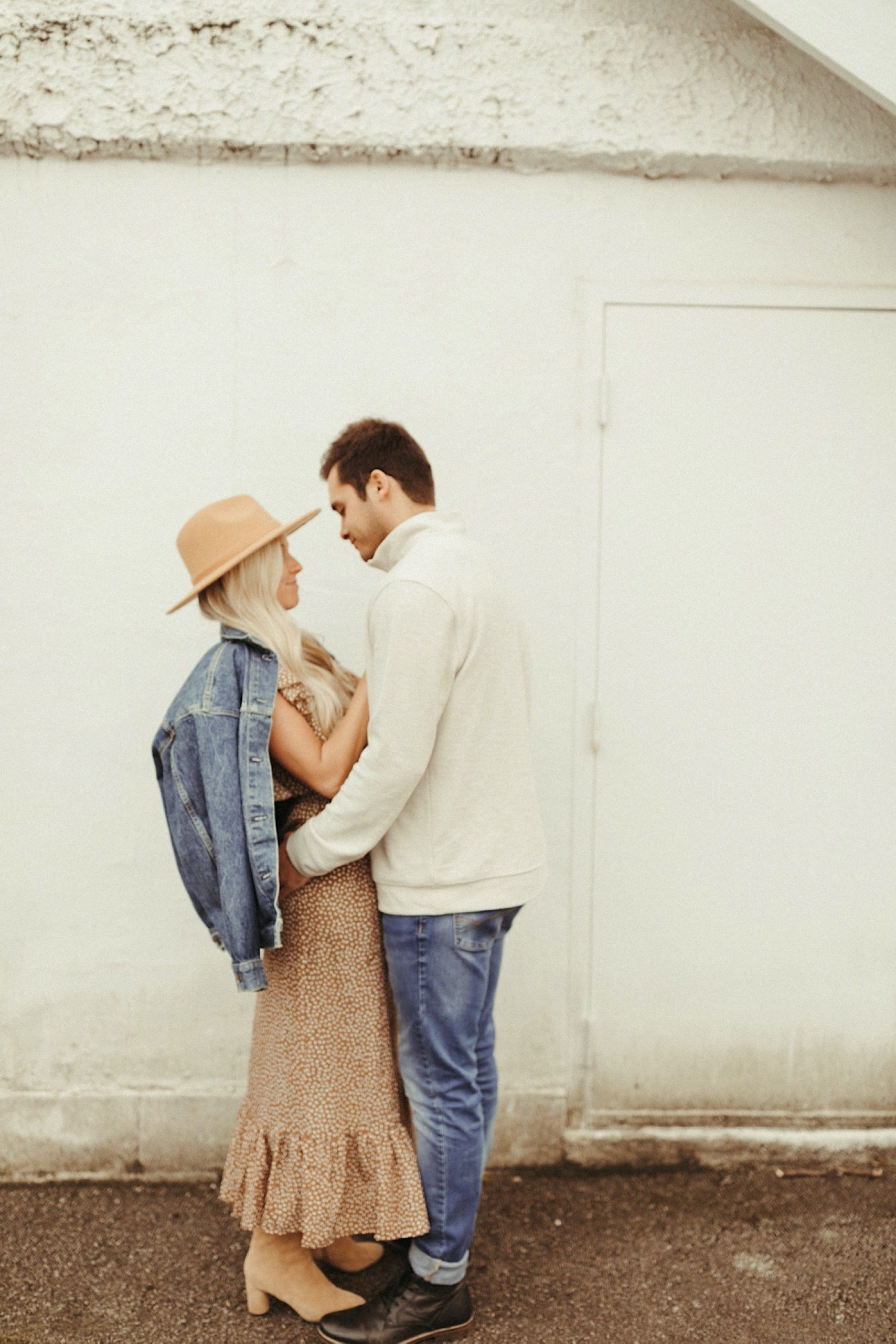 dreamy vintage engagement shoot in Kansas City